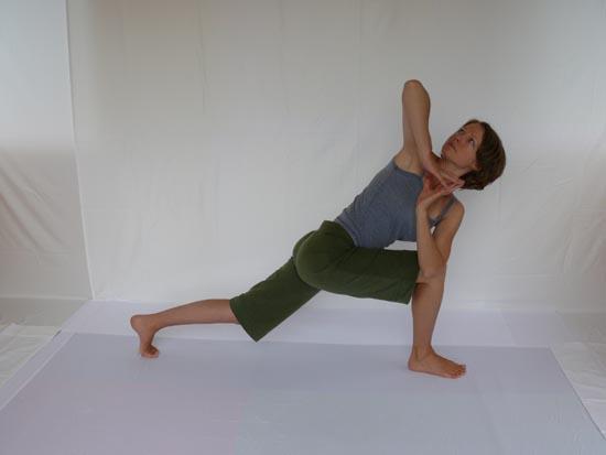 Yoga128_0
